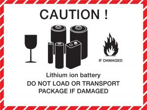 Små batterier af lithium typen kan sendes efter særlige lempelser