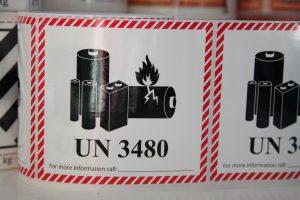 Klsitermærke til pakker med små løse lithiumbatterier