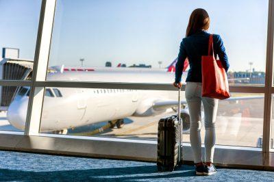 flypassager med håndbagage